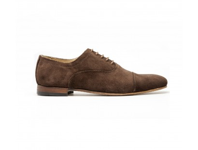Brown suede straught cap toe oxford