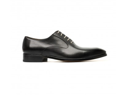 Black smooth oxford