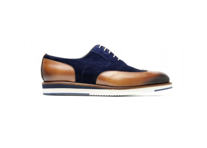 bi-material brogue with white sole