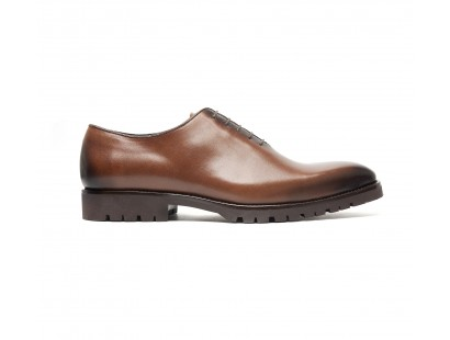 Brown one cut with commando gum sole