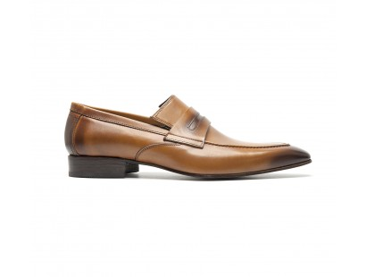 Cognac calf loafers