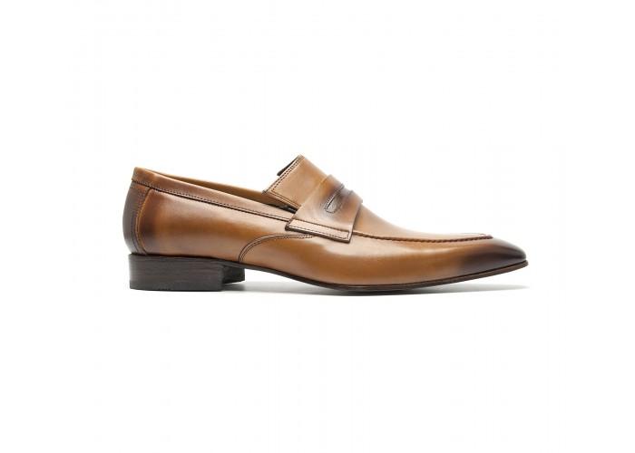 Cognac calf loafers