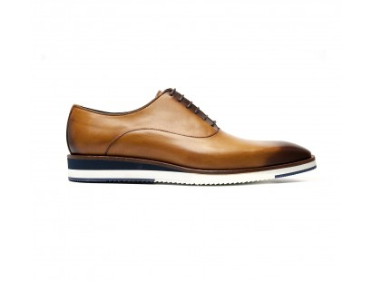 richelieu one cut in patinated calf whisky with rubber sole