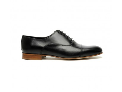 black straight cap Oxford